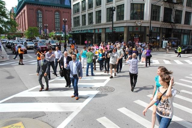 diagonal crossing chicago