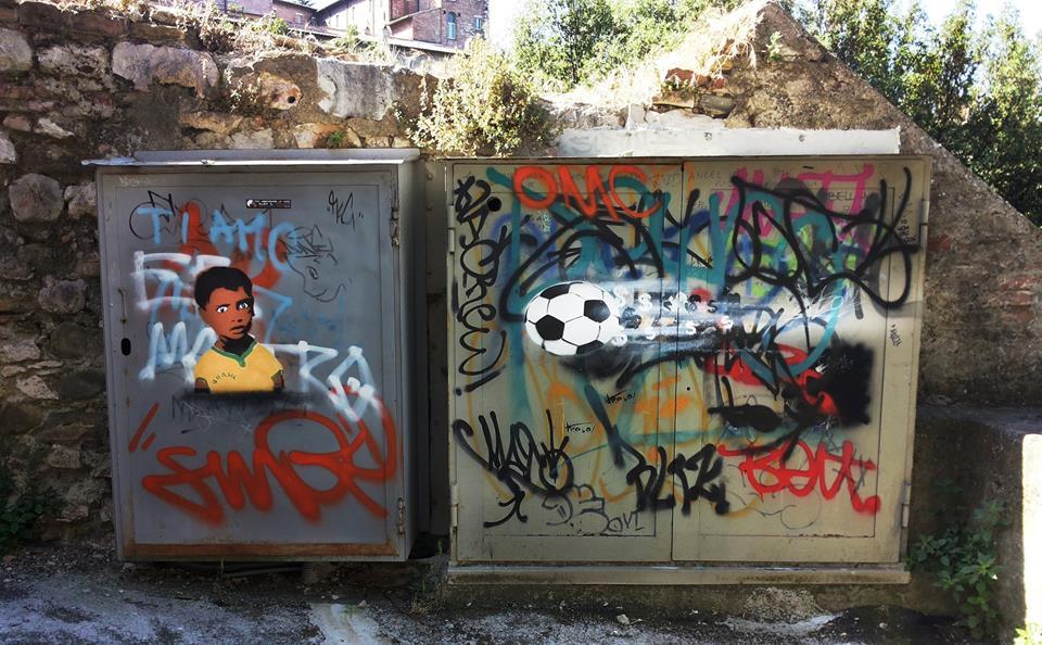Street-Art-FIFA-World-Cup-in-Rio-de-Janeiro-Brazil-By-Profilo-Inesistente
